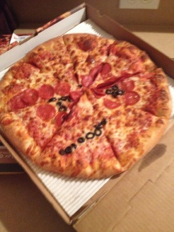 This is how the pizza looked when it arrived! #pinterestfail hahahaha! Hilarious!